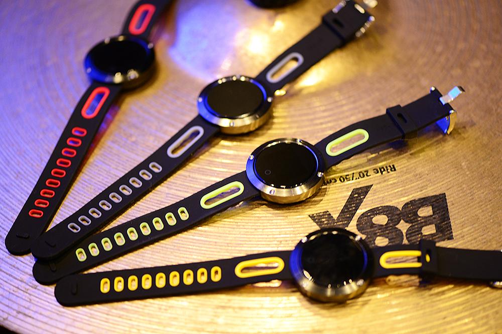dm58-t1-smartwatch-fitness